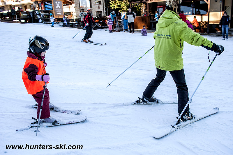 Standard ski hire + lift pass